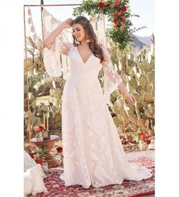 Φόρεμα από δαντέλα με φαρδιά μανίκια και χιαστί λεπτομέρεια στην πλάτη