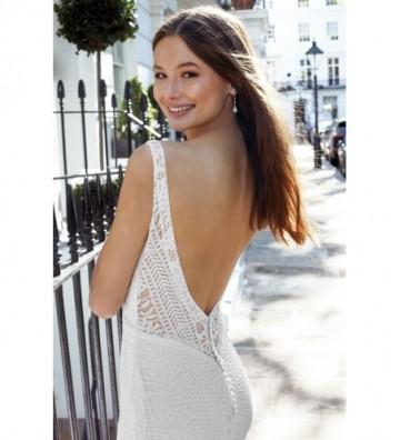 Φόρεμα Fit and Flare με ολόσωμη διάφανη δαντέλα